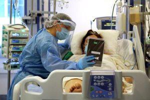 ICOVID: Nuevos casos comienzan a bajar, con ocupación hospitalaria y mortalidad en niveles críticos