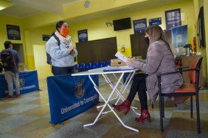 Estudiantes relatan qué ha significado la beca de conectividad UdeC para sus clases virtuales