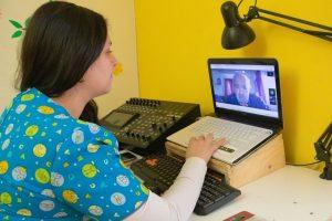 Fonoaudiología UdeC realiza teleterapia a pacientes del Hospital Las Higueras